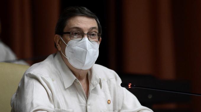 Presenta canciller cubano al Parlamento Proyecto de Ley del Servicio Exterior