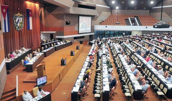 Aprueba Parlamento cubano nueva Ley del Servicio Exterior
