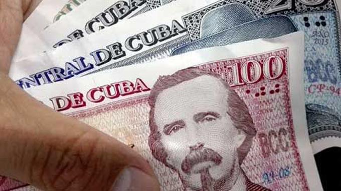 Salario, cuentas de ahorro y atención a los vulnerables en un nuevo contexto económico en Cuba