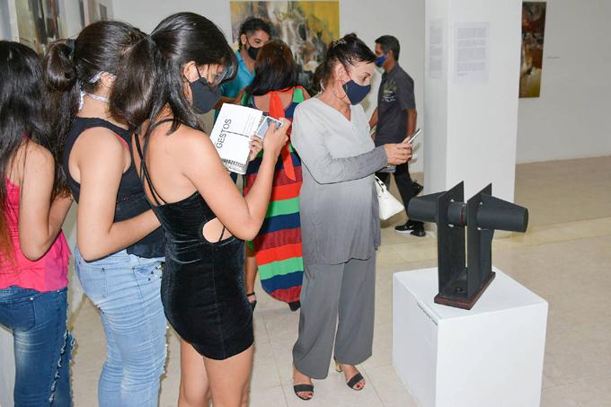 Artes plásticas llenas de cubanía