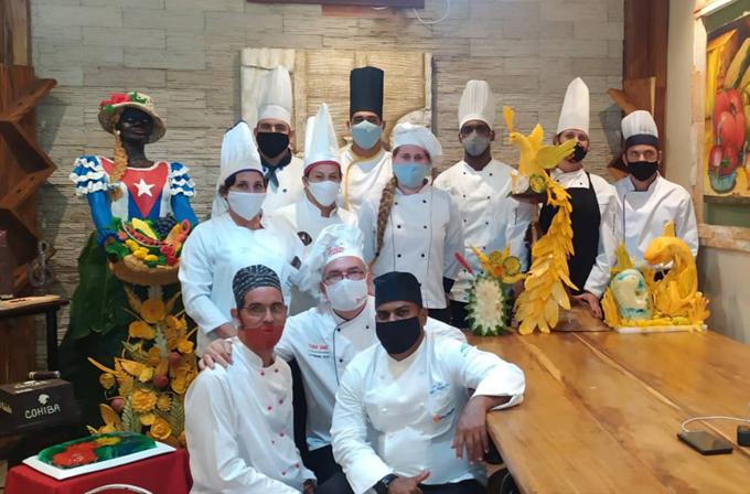 Chefs de Cuba deleitan en certamen mundial de escultura culinaria