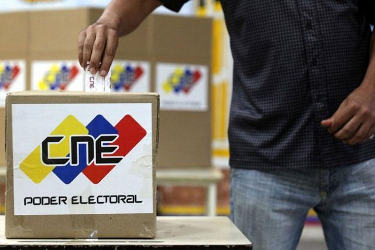 Ultiman detalles para simulacro electoral en Venezuela