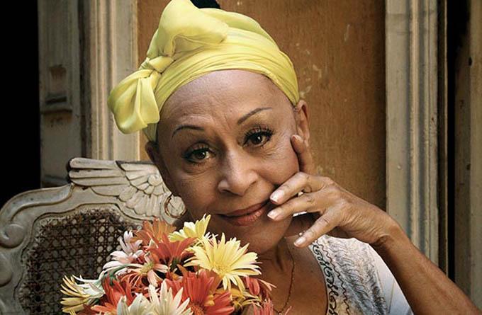 Omara Portuondo canta a la vida en su 90 cumpleaños