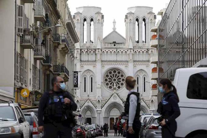 Detienen en Francia a segunda persona por ataque terrorista