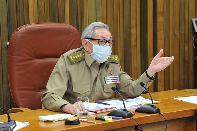 Partido Comunista analiza política inversión extranjera en Cuba