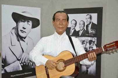 Develan figura de Miguel Matamoros en el Museo de cera de Bayamo (+fotos)