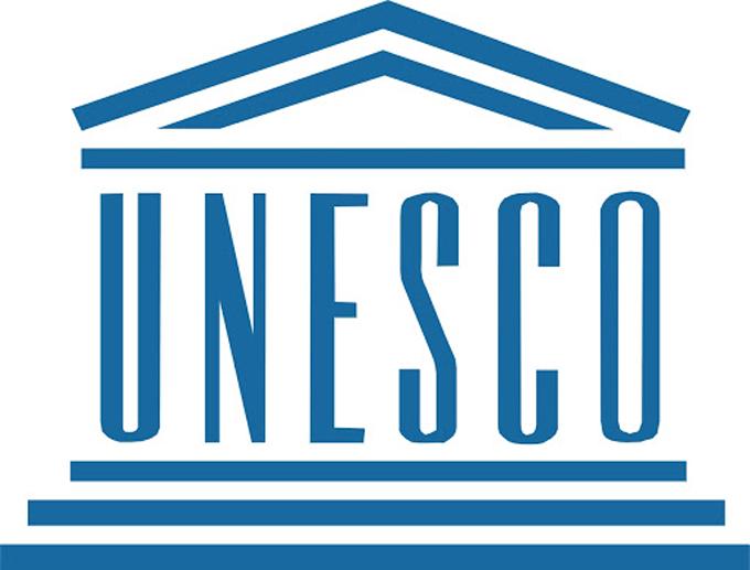 Intercambian representantes de Cuba y la Unesco sobre educación a distancia