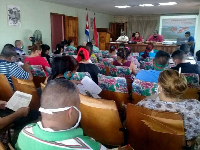 Pleno de la CTC en Granma, analiza implicación en la estrategia económica nacional (+fotos)