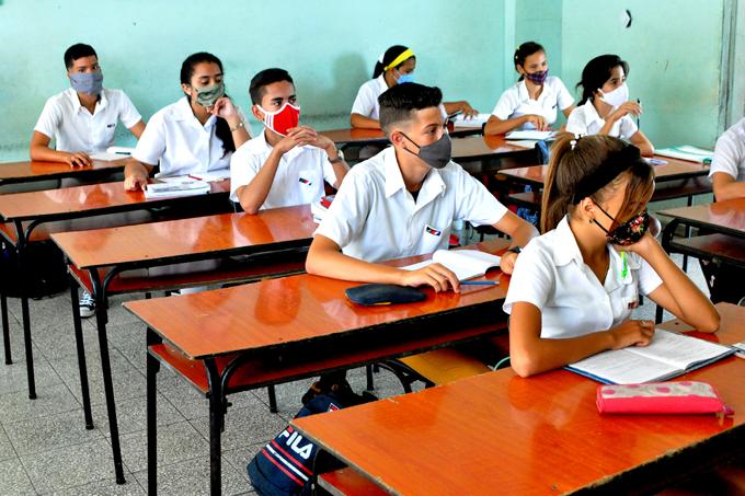 Ministerio Nacional de Educación reconoce la labor de la provincia en el enfrentamiento a la Covid-19