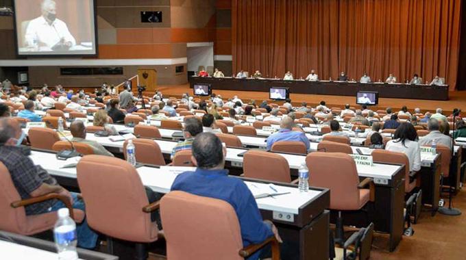 Cuba le urge una cultura de innovación en el sistema empresarial