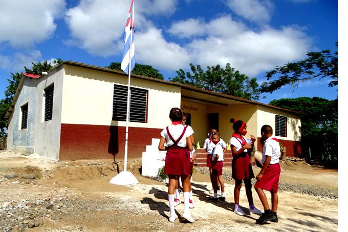 Muestra mejor semblante escuela rural primaria de Buey Arriba