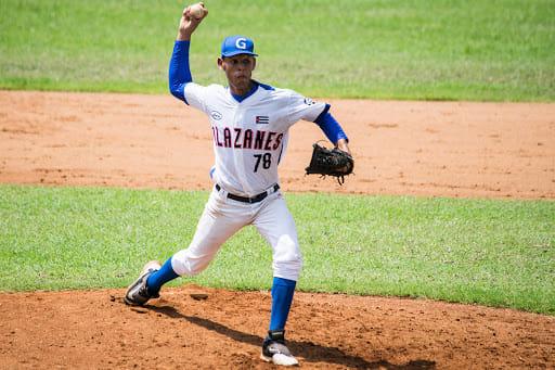 Granma noquea a campeones defensores en Serie nacional de béisbol