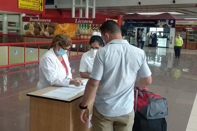¿Cuál es el protocolo a seguir al llegar a Cuba procedente del exterior?