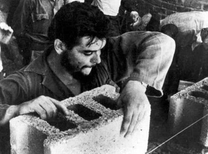 Junto al Che en un trabajo voluntario