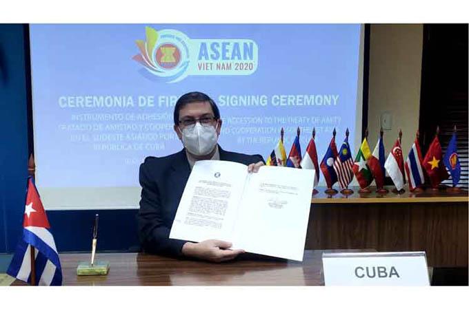 Ingresa Cuba al Tratado de Amistad y Cooperación de Asean (+Fotos)