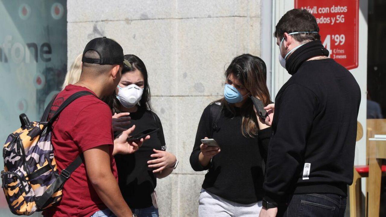 Aumentan contagios de jóvenes con Covid-19 en el mundo