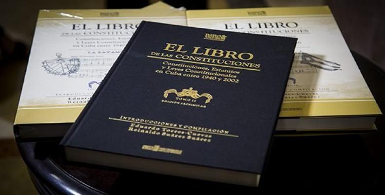 Presentan en Bayamo tercer tomo del  Libro de las Constituciones.