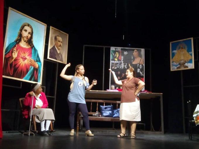 Estrena Teatro Alas D Cuba, obra Retratos