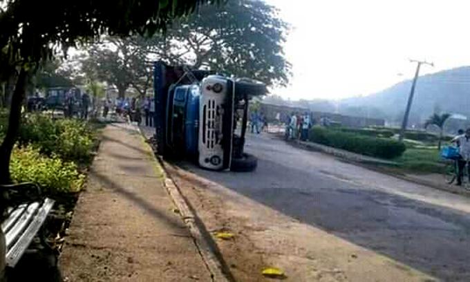 Accidente en Bartolomé Masó deja 23 lesionados (+audio)