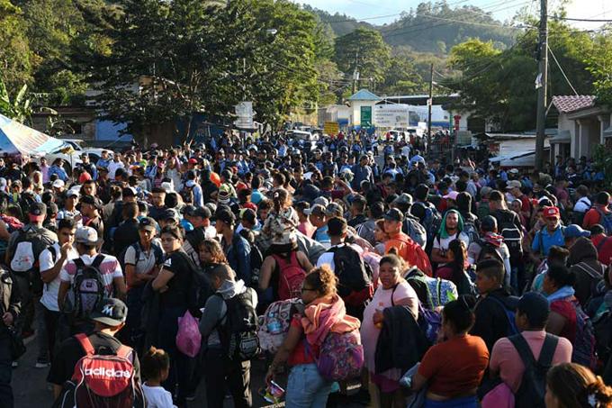 Guatemala en alerta por nueva caravana de migrantes hondureños