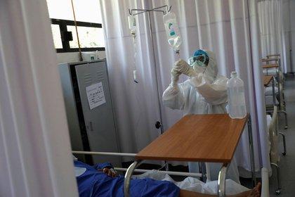 Desde hoy gratuitos todos los servicios públicos salud en México