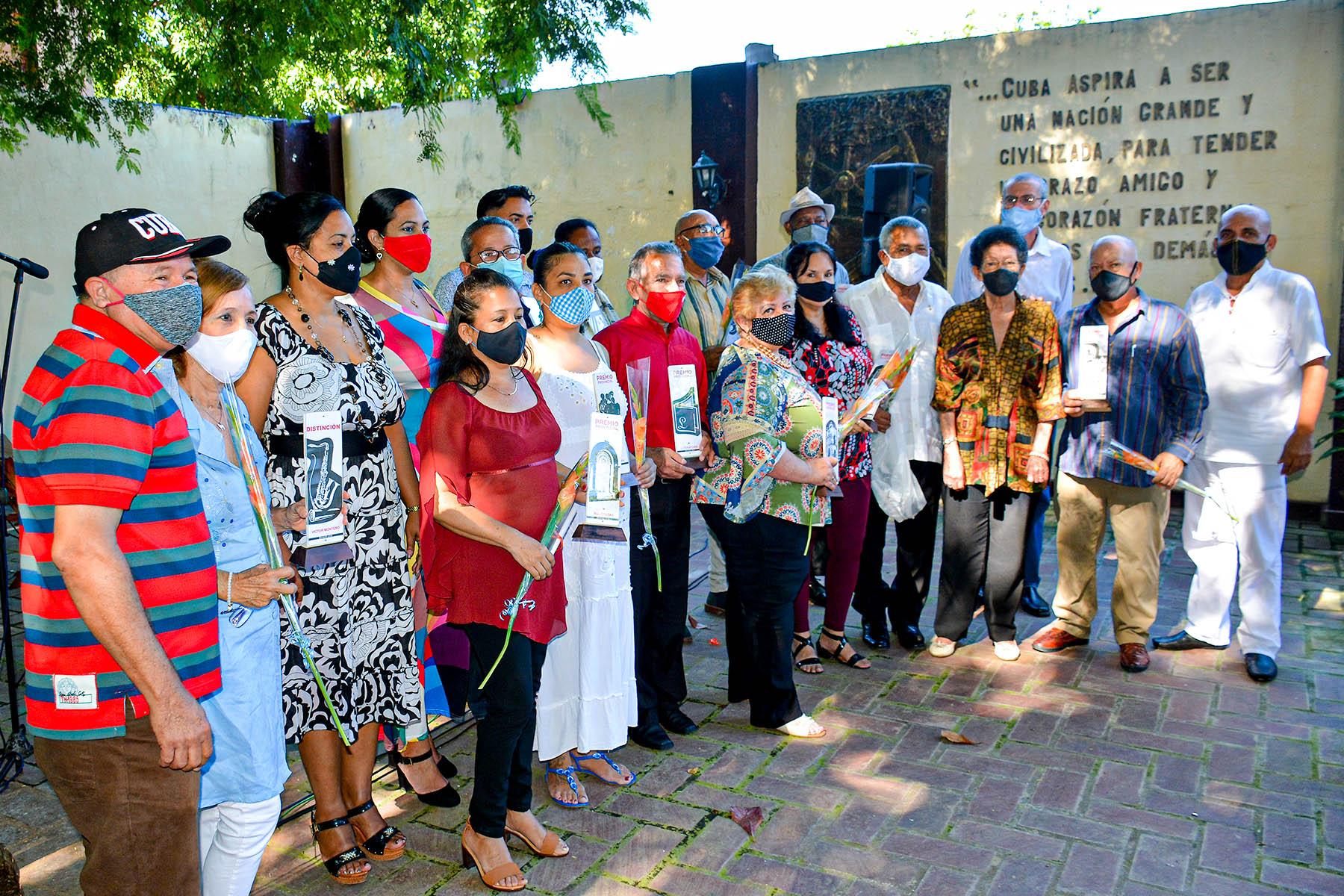Entregan Premios provinciales de Cultura y la Distinción Víctor Montero 2020