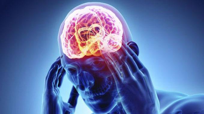 Enfermedades cerebro-vasculares desplazadas hacia edades más tempranas