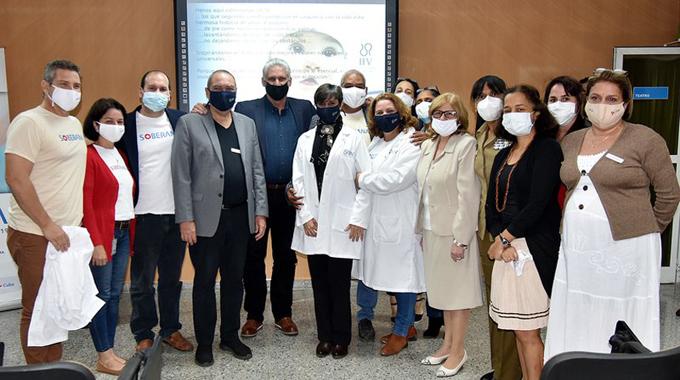 Díaz-Canel en el Instituto Finlay: las vacunas Soberanas avanzan de manera importante