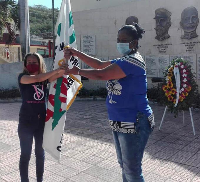 En Granma Bandera Aniversario 60 de la ANAP (+fotos)