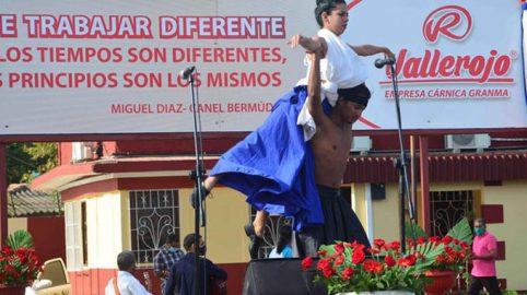 Celebran en Granma acto nacional por el Día del Trabajador de la Industria Alimentaria (+fotos, audios y video)