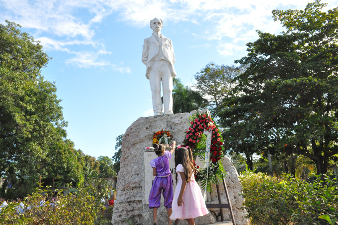 Pioneros de Granma rendirán homenaje a Martí