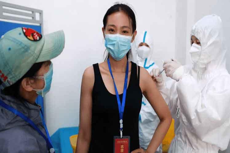 China vacunó más de nueve millones de personas contra Covid-19