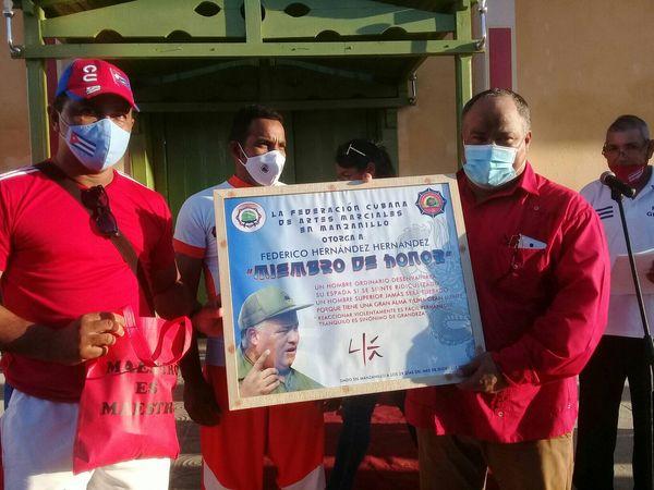 Declaran a dirigente político miembro de honor de la Federación cubana de Artes Marciales