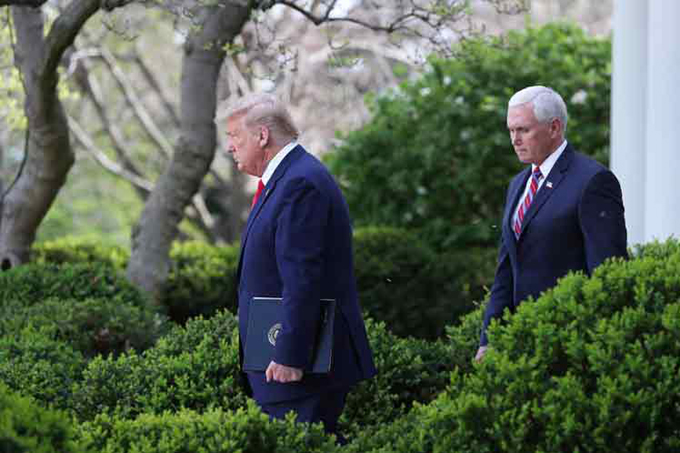 Cámara Baja de EE.UU. pedirá a Pence sacar a Trump del poder