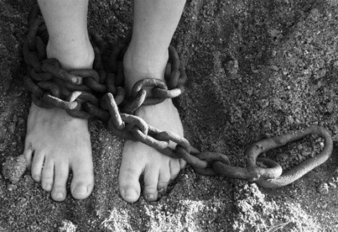Más niños son víctimas de la trata de personas