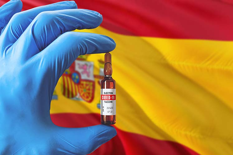 España inmunizó a 1,2 millones de personas frente a Covid-19