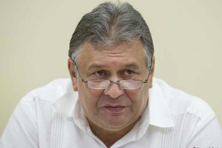 Cuba expone a cuerpo diplomático cambios económicos