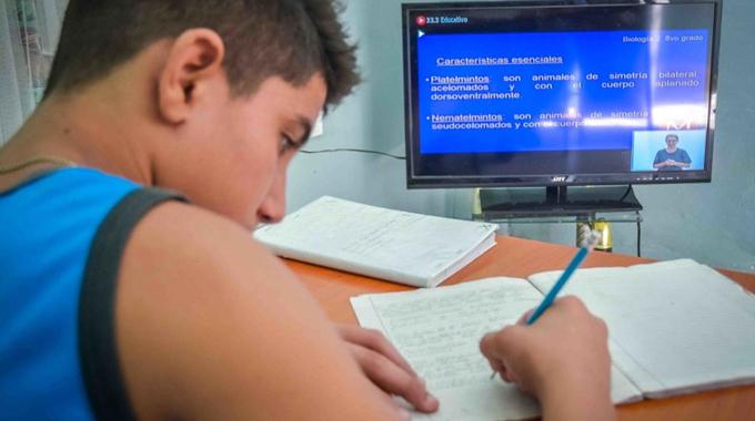 Más sobre nueva programación docente televisiva, hoy por el Educativo