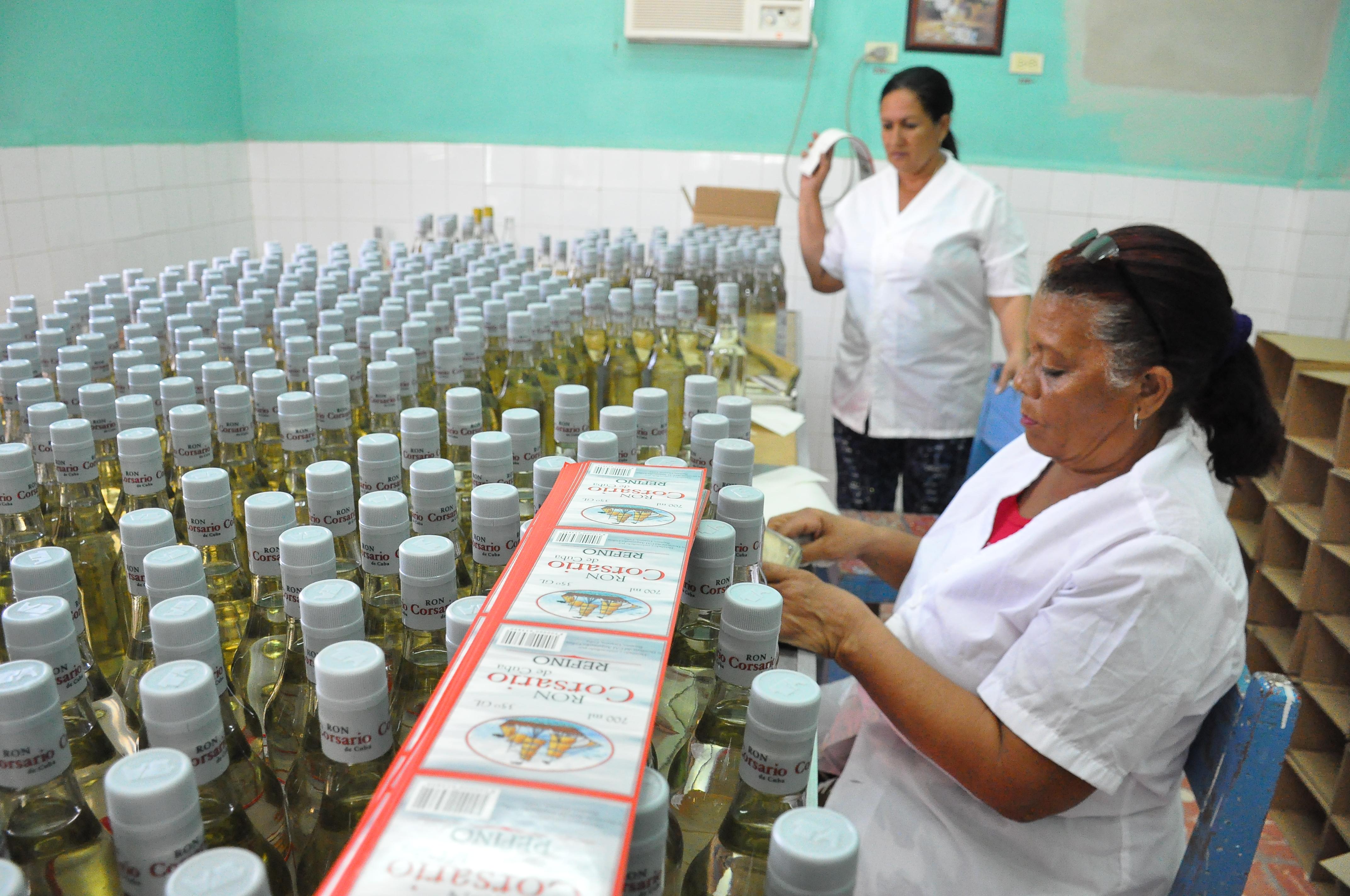 Otorgan  certificación  de calidad a UEB Derivados Granma