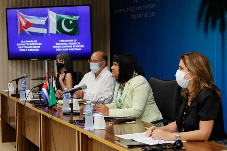 Cuba y Pakistán coinciden en estrechar cooperación en diversas áreas