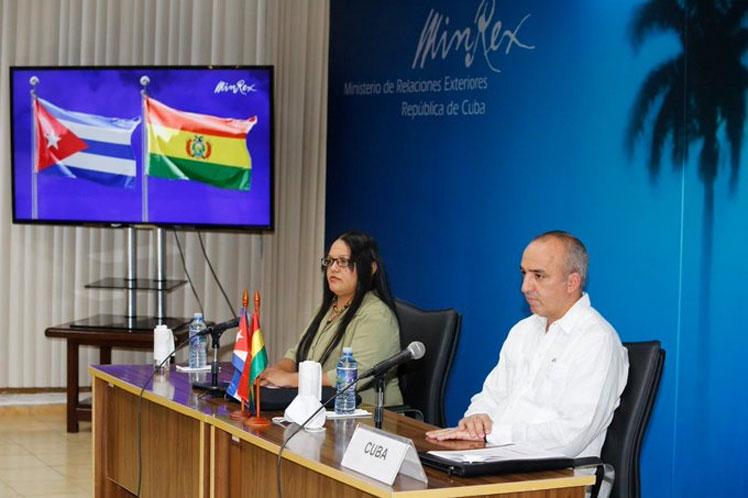 Cuba y Bolivia evalúan flujo migratorio bilateral