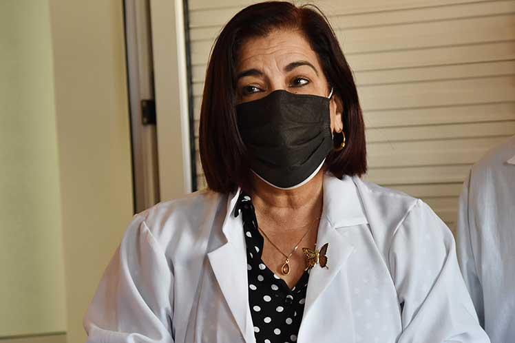 Cuba avanza en candidato vacunal para convalecientes de Covid-19