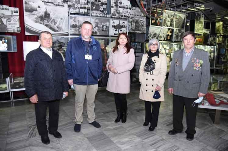 Embajada cubana en Ucrania recuerda accidente de Chernóbil (+Fotos)