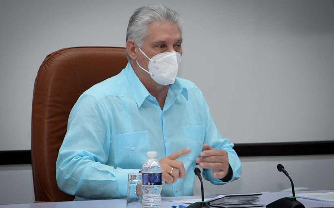 Llama Presidente cubano a extremar medidas contra la COVID-19