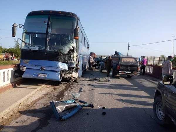 Sancti Spíritus: Dos fallecidos y tres lesionados en accidente de tránsito