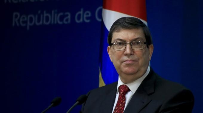 Decisión política de Estados Unidos atenta contra migración segura, denuncia canciller cubano