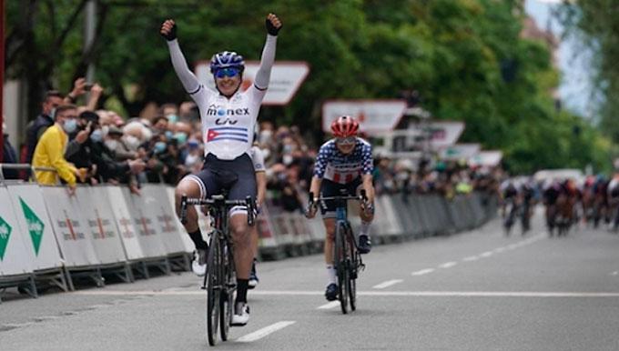 Arlenis sigue entre las punteras en Vuelta a Burgos