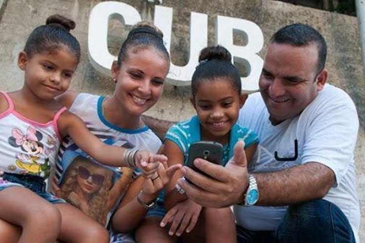 Afirma Díaz-Canel que Cuba tendrá Código de Familias moderno (+Foto)