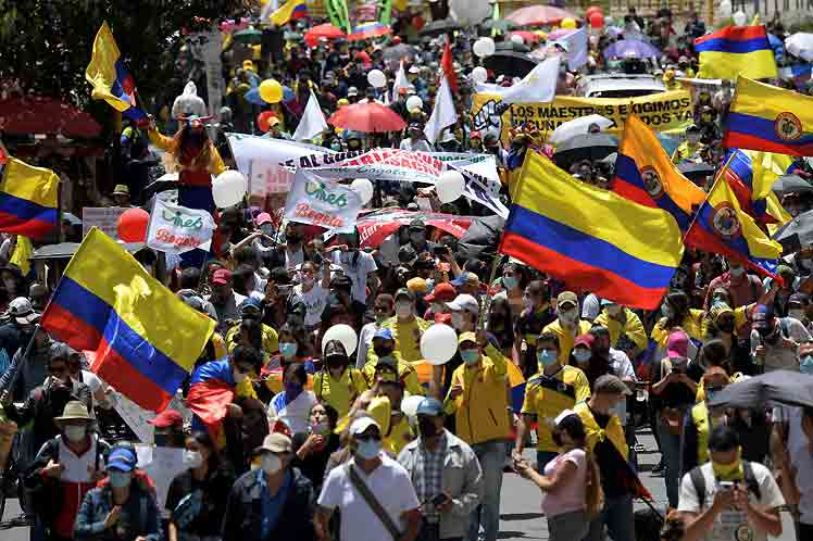 Congresista destacó triunfos del pueblo en Colombia durante el paro (+Fotos)