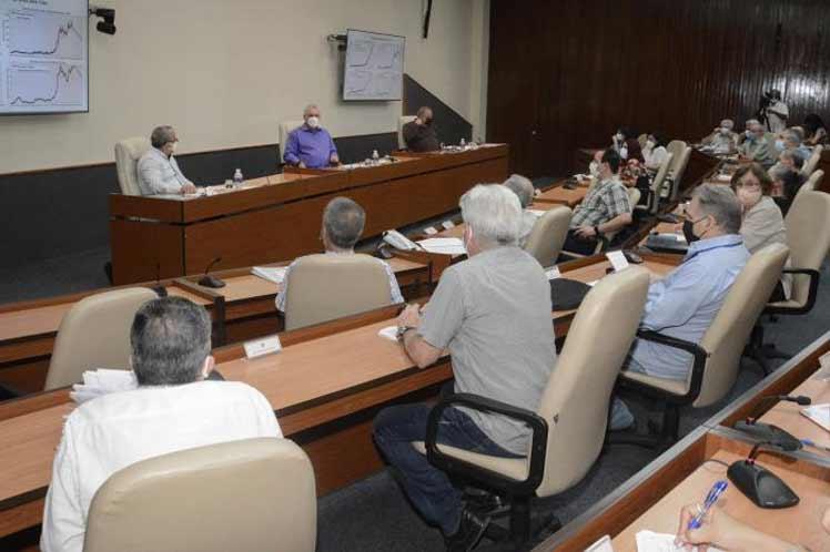 Cuba por dinamizar actualización del modelo económico y social